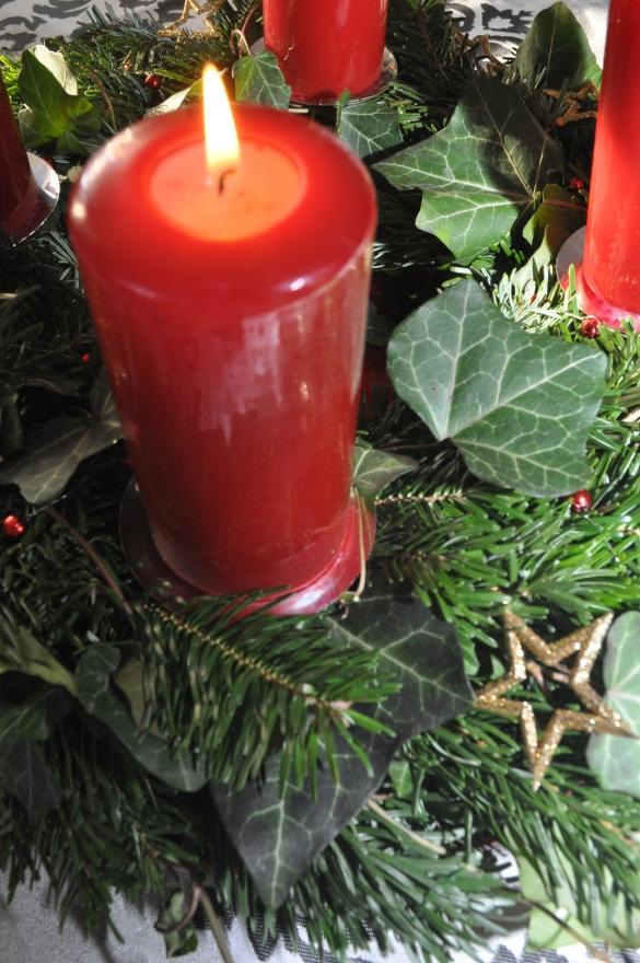 Adventkranz erste Kerze