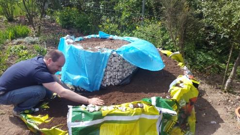 Bau einer Kräuterschnecke