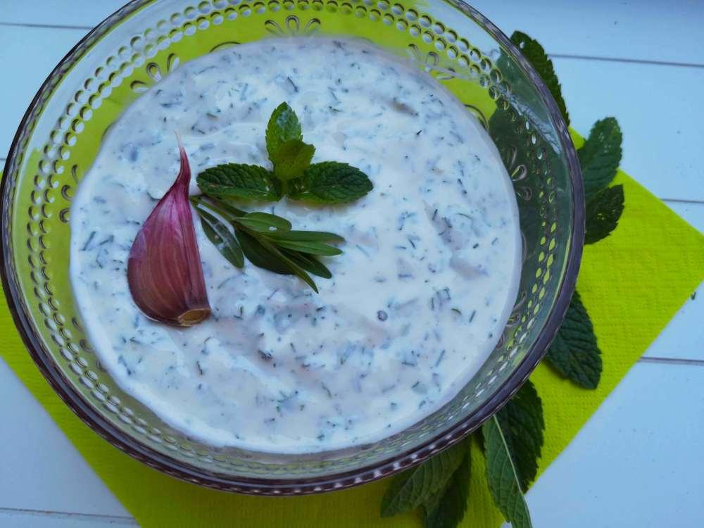 Kräuter Joghurt Sauce